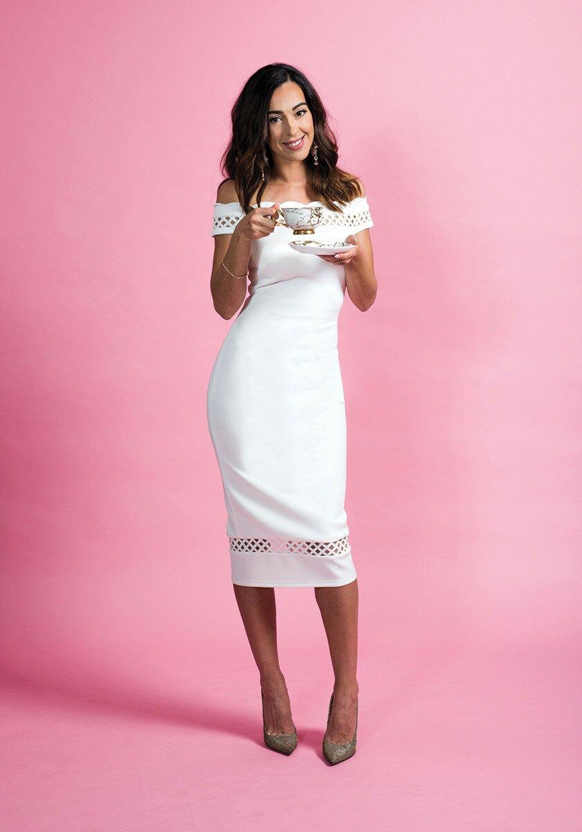 Profile Magazine Online AimeeProvence9 Her majes-tea