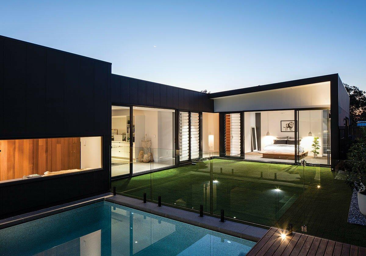Profile Magazine Online home5 a  spec-tacular  home